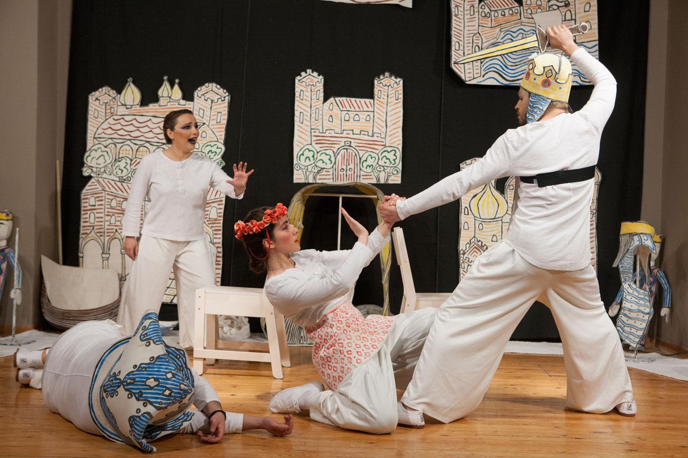 Το παραμύθι «Ο Χρουσαϊτός Άτυς και η βασιλιοπούλα Ροδογάλη» στο Θέατρο Τ