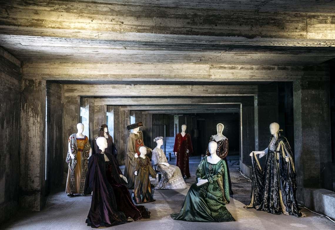 Ανανεώνεται η Έκθεση Κοστουμιών «Ίχνη του εφήμερου» στο Βασιλικό Θέατρο