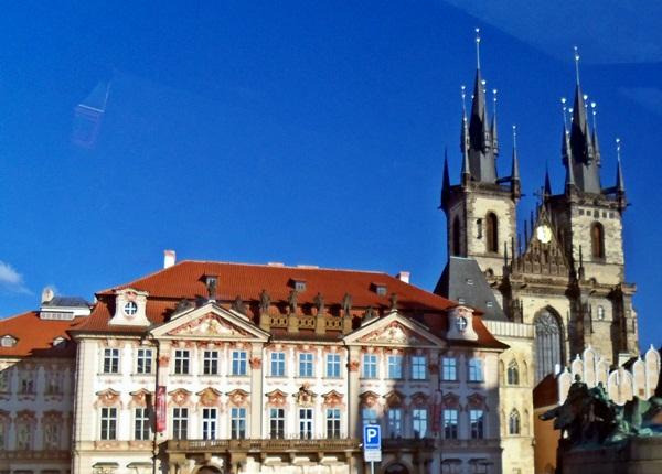 Πράγα, η αιώνια αγαπημένη του Μόλδοβα!