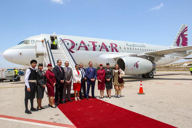H Qatar Airways προσγειώνεται στη Μύκονο