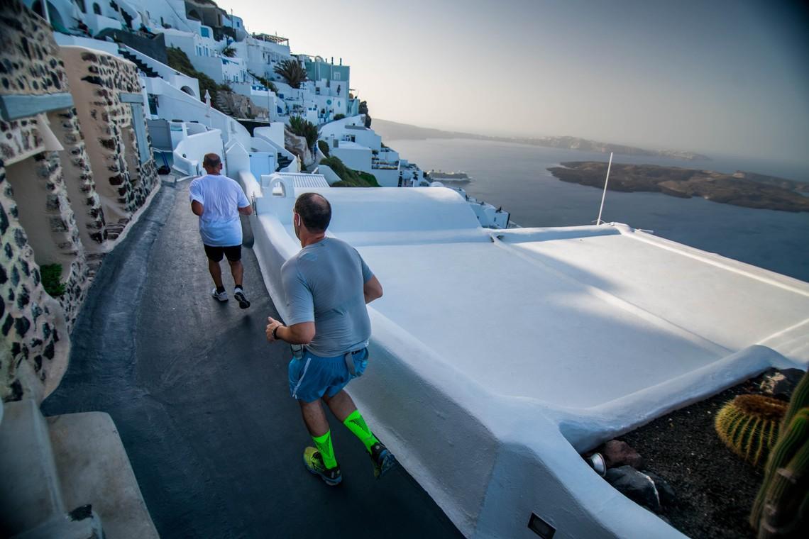 Η Ryanair επίσημος αερομεταφορέας του Santorini Experience