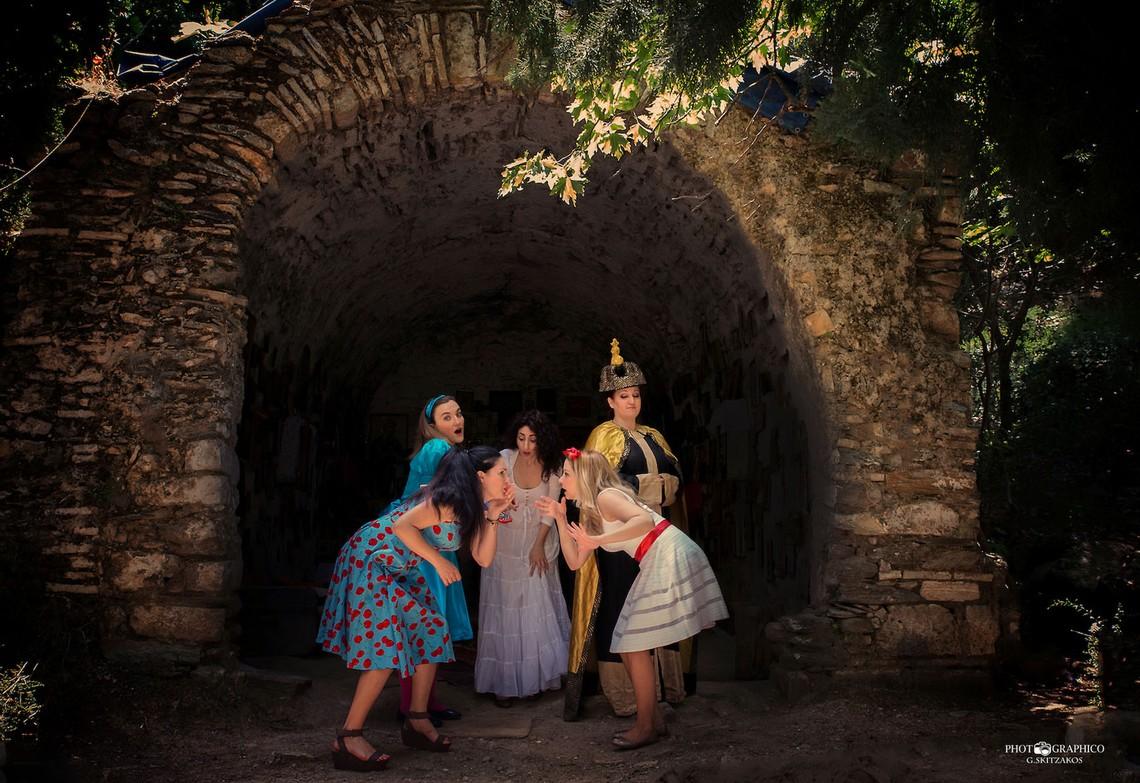 «Η Αλίκη συναντά τη χώρα των θαυμάτων!» Ένα παραμύθι-όπερα