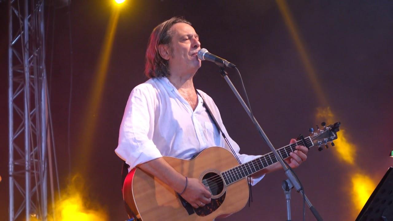 Ο Δημήτρης Ζερβουδάκης στη μουσική σκηνή του «ΑΒΑΤΟ»