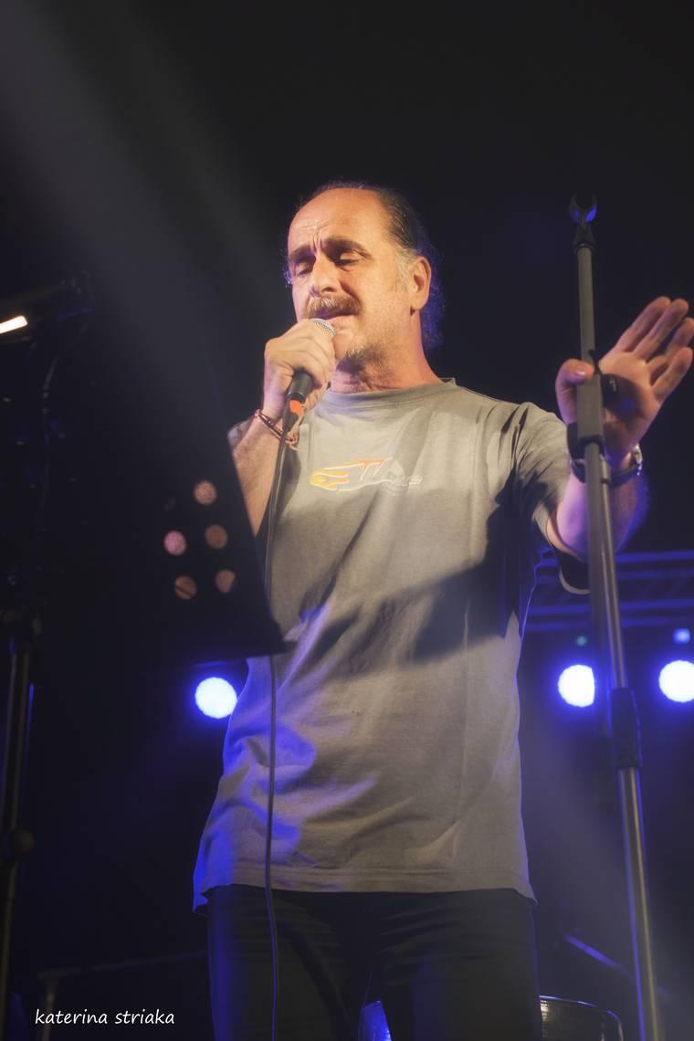 Βασίλης Πρατσινάκης: «Το τραγούδι σε πρώτο πλάνο» στο Τοπ Χανέ