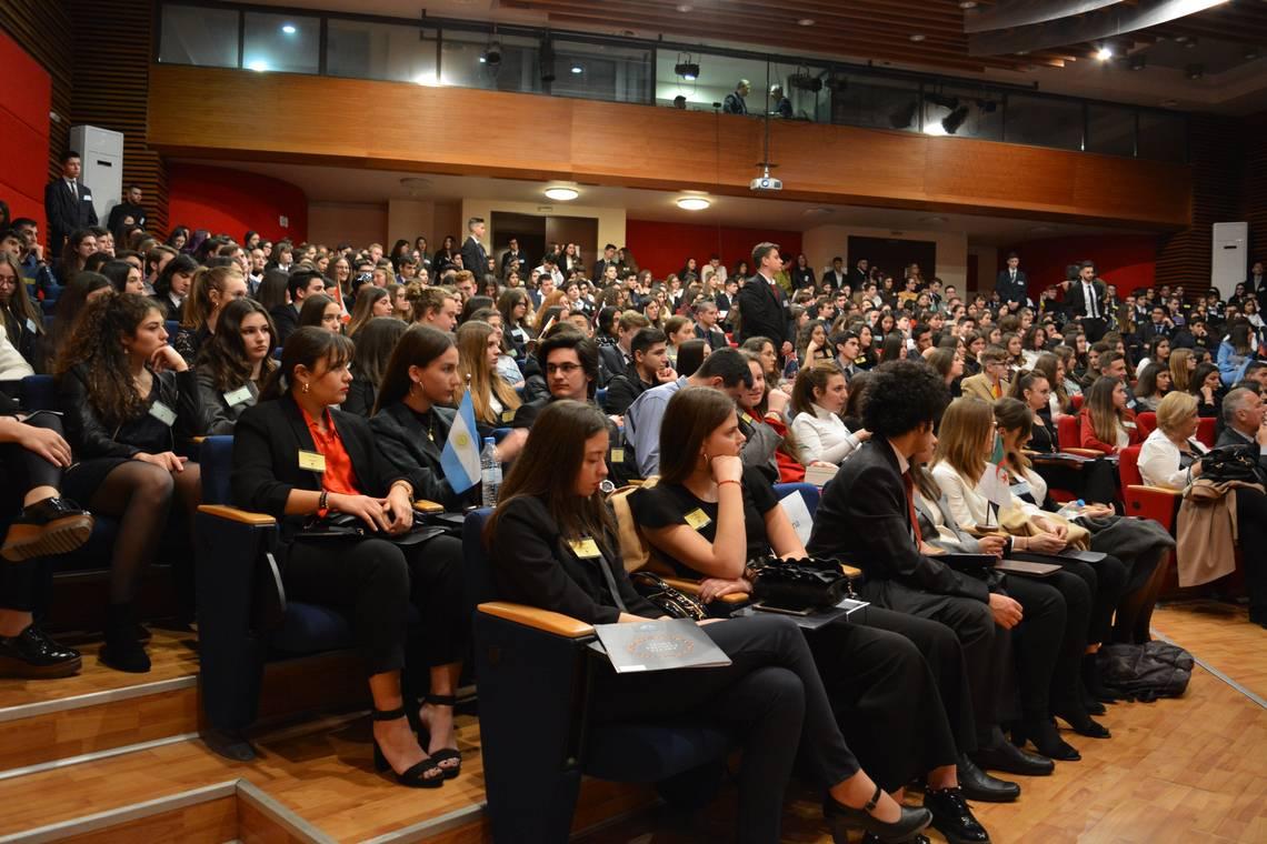 17ο Μοντέλο Ηνωμένων Εθνών: 500 έφηβοι «διπλωμάτες» συναντήθηκαν στη Θεσσαλονίκη