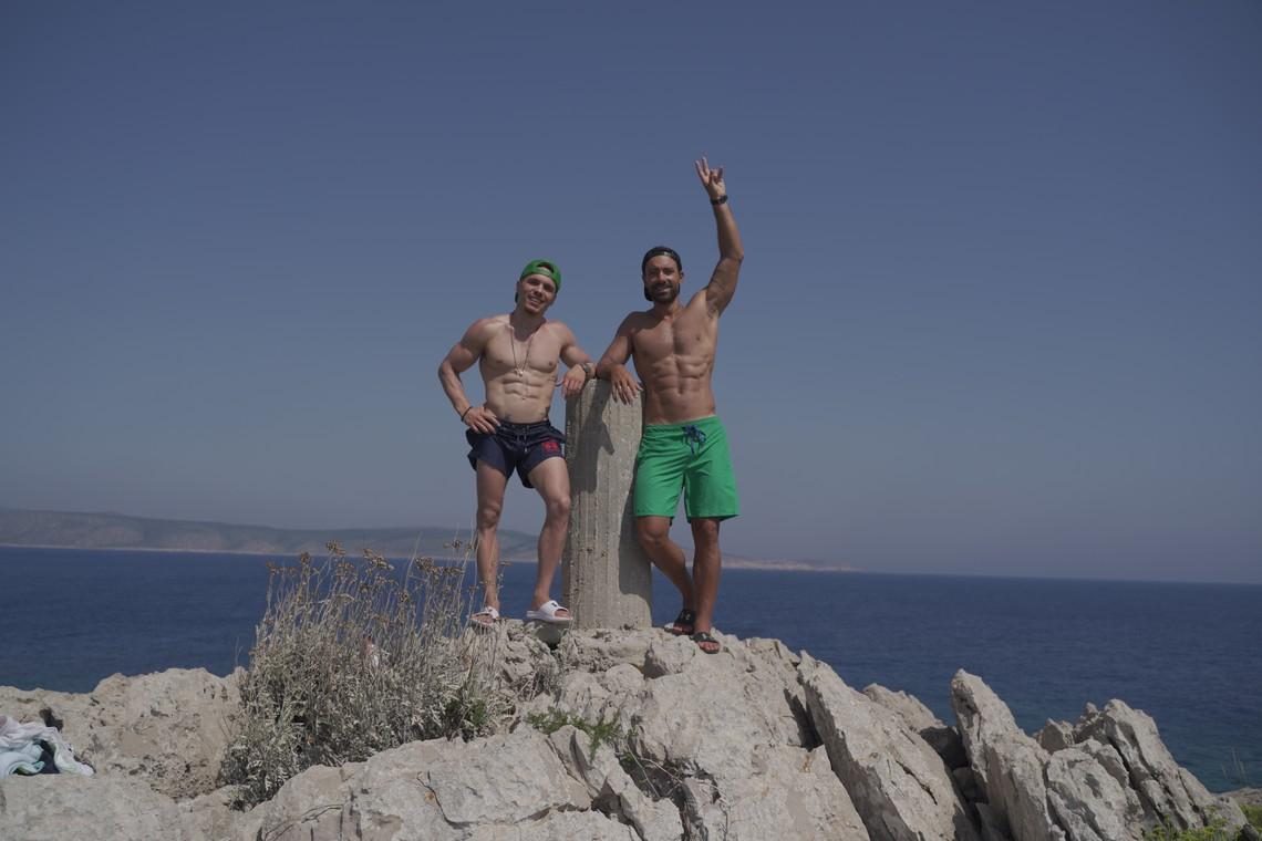 Τανιμανίδης και Πετρούνιας μαζί στην παραλία