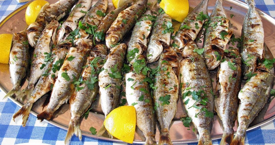 Τα φρέσκα ψάρια του Σεπτέμβρη και τα κρασιά που τους ταιριάζουν