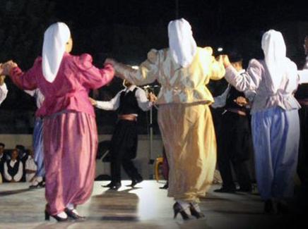 Έναρξη εγγραφών στα τμήματα παραδοσιακών χορών