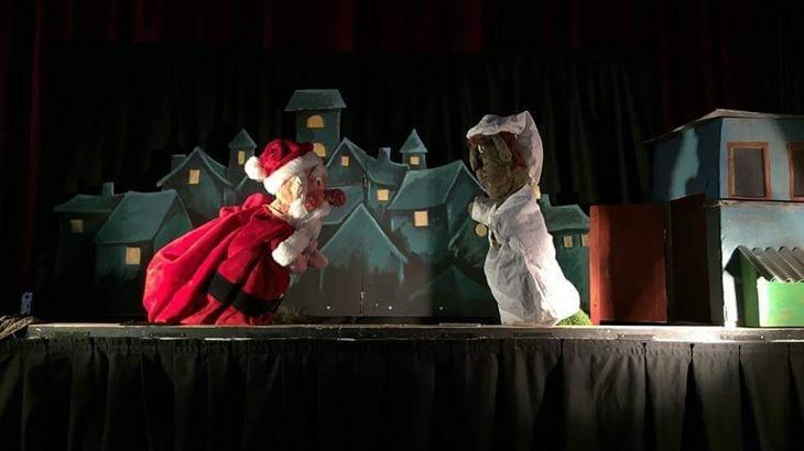 """""""Περιμένοντας τον Άγιο Βασίλη"""": Κουκλοθέατρο στο Λόφο!"""