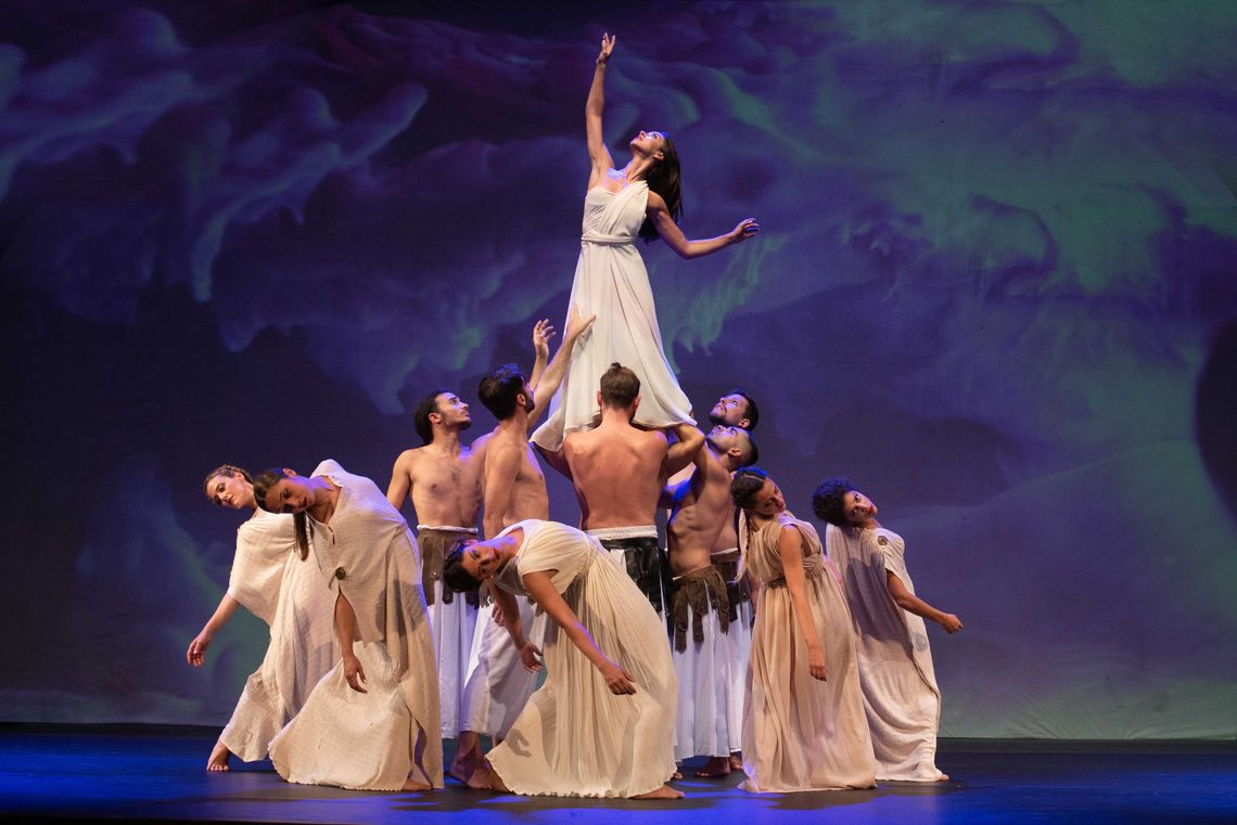 Τελευταία παράσταση για την «Θεογονία» στο Κολοσσαίον