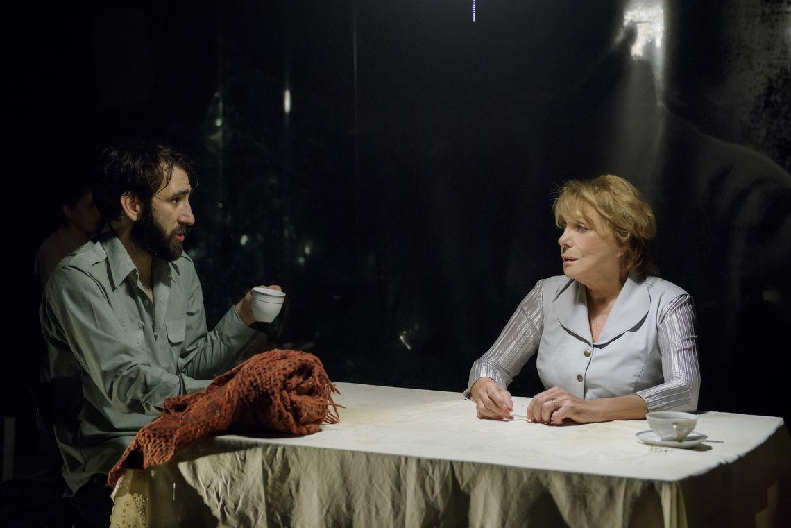 6 σπουδαίες παραστάσεις του Θεάτρου Οδού Κεφαλληνίας στο διαδίκτυο