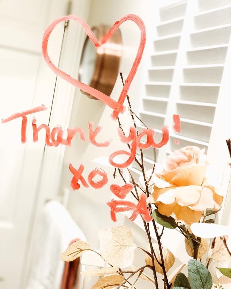 Ένα μεγάλο ευχαριστώ από την Clinique! | #SeeAHeartSendAHeart