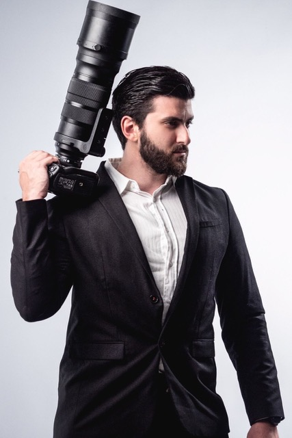 Zak Viemon: Ο Ελληνο-καναδός φωτογράφος που διαπρέπει στην Ελλάδα